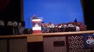الكاتب اﻹماراتي أحمد إبراهيم يلقي كلمة ضيف شرف في الحفل السنوي لمسلمي الهند في دبي 13يناير2017 2