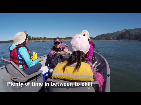 Summer crabbing in Garibaldi Tillamook Bay, Oregon