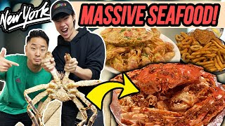 HUGE CHINESE CAJUN SEAFOOD FEAST! (King Crab, Lobster, Seafood boil) thumbnail