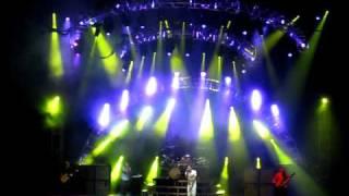 311 - Daisy Cutter Live (clip)