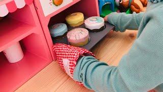 ケーキ屋さんごっこ!ケーキにイタズラ 落書きしちゃった!?おままごと Pretend Play Cake Shop Toys
