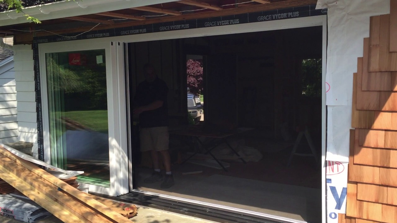 Centor Screen on Loewen OXX Lift Slide Door - YouTube