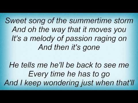 julie-roberts---rain-on-a-tin-roof-lyrics