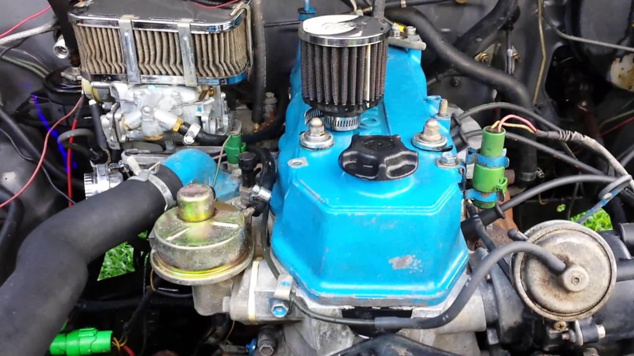 Rhino Lined Truck >> 1986 Toyota pickup 4x4 weber carb deleted EGR idle - YouTube