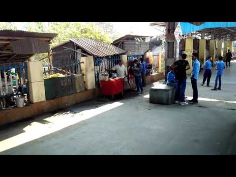 Indian Rail Videos : Partial view of Budge Budge station