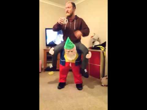 Funny Christmas costumes - YouTube