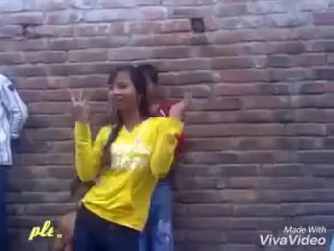 Choliya me atakal paran.. Hot girl dance desi girl.. Bhojpuri. Song.