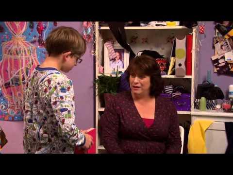 Life Of Riley   2x02   Lucinda Dryzek