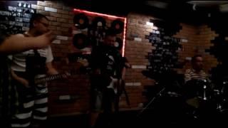 Артур Глухов (соло гитара ГС) и гр. Мертвый месяц - Снегурочка.