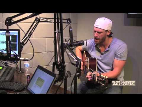 Chase Rice Sings 'Ready Set Roll'