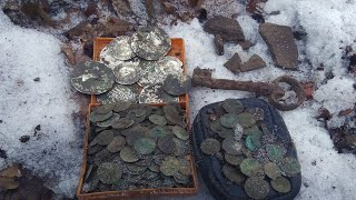 Клад серебряных монет 350 штук