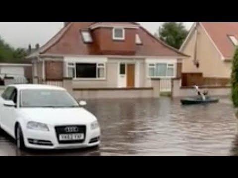 فيديو: الزوارق بدلاً من السيارات في شوارع مدينة اسكتلندية غمرتها مياه الأمطار…  - نشر قبل 51 دقيقة