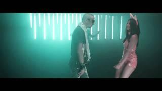 Смотреть клип Club Dogo Vs Nicola Fasano - D.D.D Dance Dance Dance