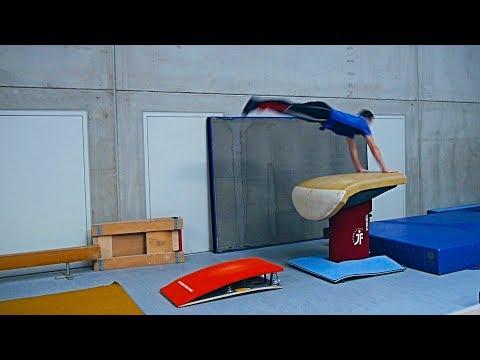 Hocksprung über d Kasten/Sprungtisch oder Mauer