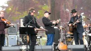 """Friend Of The Devil"": Elvis Costello and the Sugarcanes, 10/3/2010"