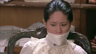 女杀手假装客房服务员,一个人闯入会议厅里控制所有日本高级军官,绝了