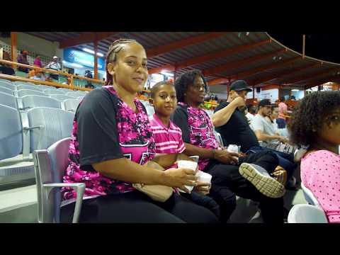 Noche Rosada En El Estadio Francisco Micheli | Toros Del Este