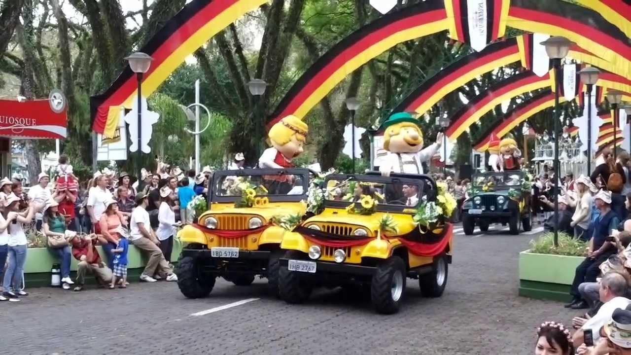 Oktoberfest santa cruz do sul 2013 desfile tem tico for A mobilia santa cruz do sul