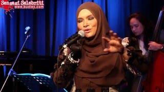 Download DI PERSIMPANGAN DILEMA - Showcase Nora Ariffin ANUGERAH