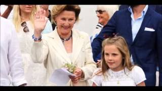 King Harald and Queen Sonja as grandparents