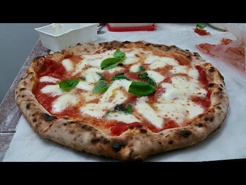 Forni a legna brevettati e certificati per alimenti l 39 alta qualit dei forni a legna pizza - Forni per pizza casalinghi ...