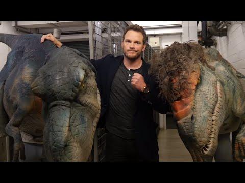 Chris Pratt Vs Giant Dinosaur Prank Whats Trending Now