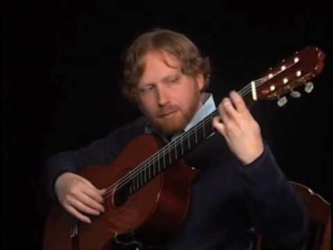 Gavotte - Suite in D Minor - Robert de Visee -- Michael Cioffero