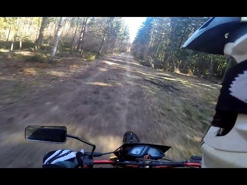 GoPro Hero 4 | Derbi senda 50cc - What i do on the håltimma @ school. 2015 - cobra riders
