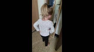 Little Girl thinks she's cute