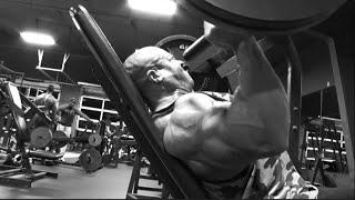 Phil Heath Shoulder Training at ...destination DALLAS