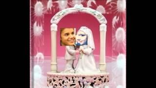Voor Hitkrant: If Justin Bieber was your boyfriend, dan zou je.....