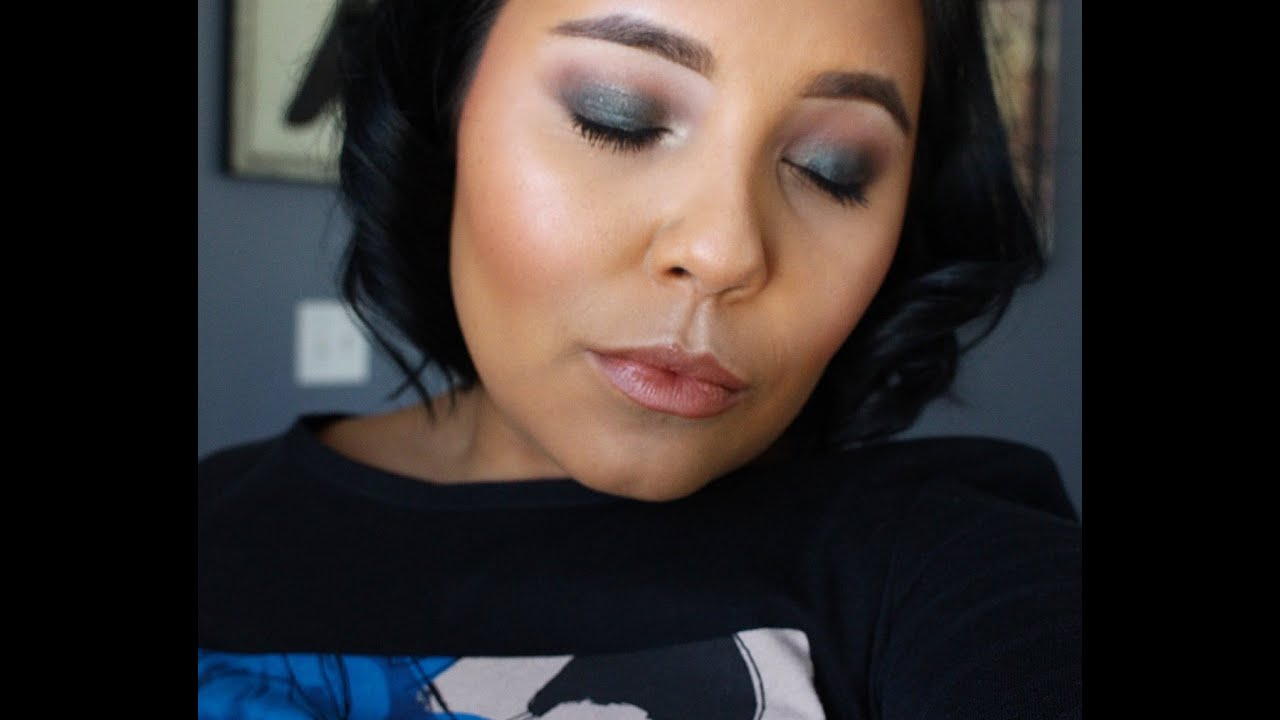 Deep blue night time smokey eye l makeup tutorial 2016 youtube deep blue night time smokey eye l makeup tutorial 2016 baditri Image collections