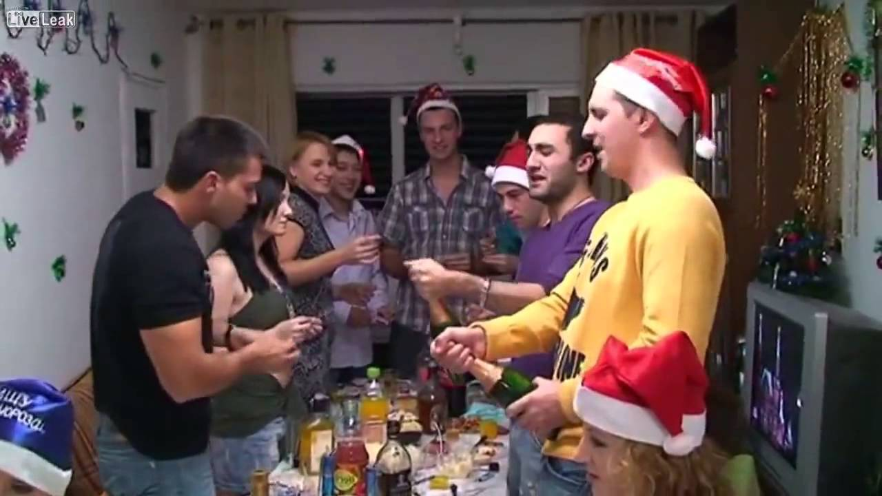 Why All Soviet Jews Have \'Christmas\' Trees - YouTube