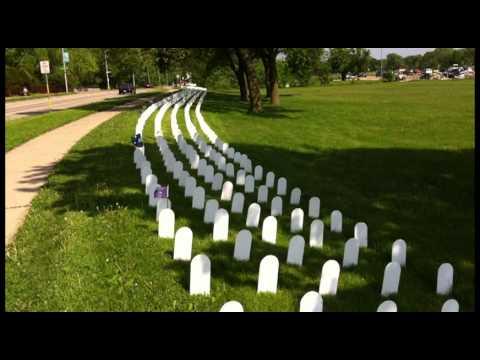Veterans For Peace Memorial Mile >> Memorial Day Veterans For Peace Memorial Mile In Madison Wi Youtube