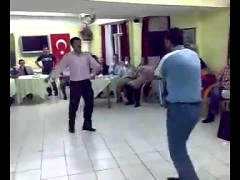 Kömik Dans Eden Adamlar