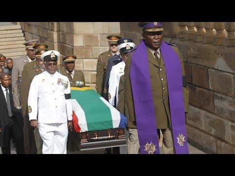 Nelson Mandela's coffin arrives at Union Buildings, Pretoria