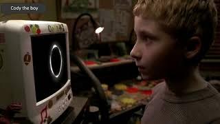Крутые сцены с мальчиком Коди из очень страшного кино 3