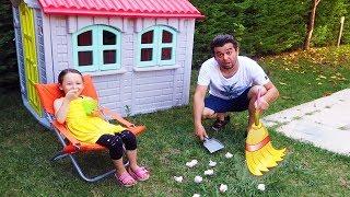 Babam Her Yeri Dağıttı! Little Kid Öykü Garden cleaning Pretend Play , Family fun kid - Oyuncak Avı