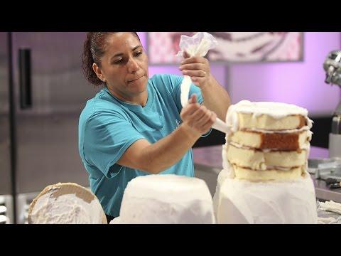 Cake Wars Happy Feet Bakers