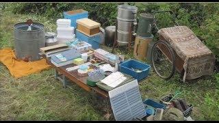 Инвентарь пчеловода ( инструменты для работы на пасеке )(, 2016-09-24T18:52:39.000Z)