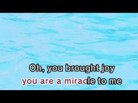 Kelly Clarkson - Some Kind Of Miracle  (Karaoke and Lyrics Version)