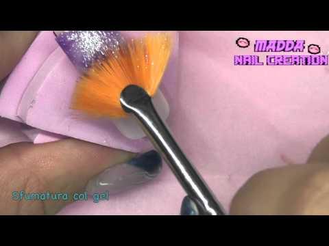 Nail Art - Come faccio la sfumatura col gel glitter    Madda.fashion