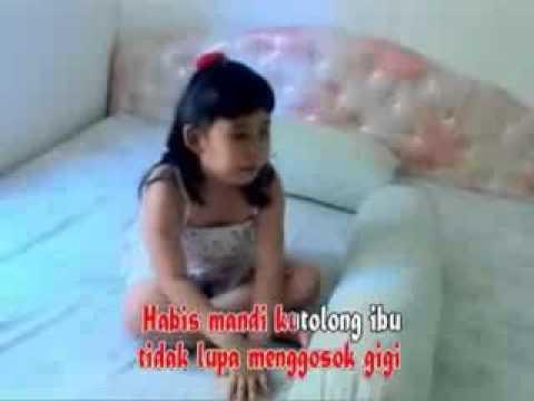 Lagu Anak Anak Indonesia- Bangun Tidur kuterus mandi.3gp