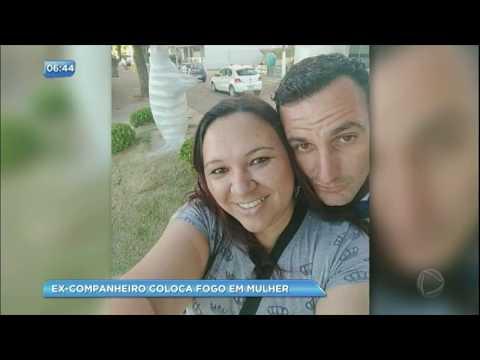 Ex-companheiro coloca fogo na mulher por ciúmes