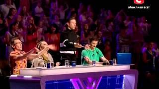 Иван Дорн просит не петь и улётно танцует