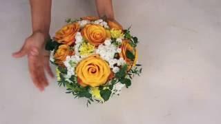 Летняя композиция из живых цветов