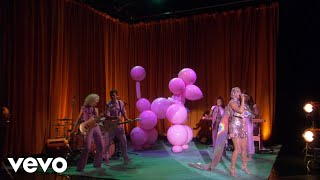 Download Katy Perry - Small Talk (Live On The Ellen Show) Mp3 and Videos