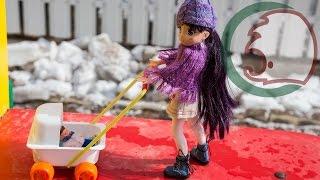 Как сделать коляску для кукол. How to make stroller for dolls.