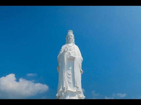 Monkey Mountain Da Nang - Day 2 - Vietnam Travel Vlog