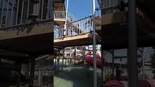 Gendhis beranian masuk trowongan air at jogja bay